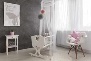 Babywiege weiß aus Holz